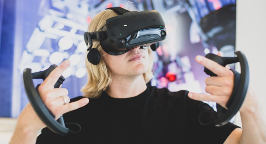 Valve Index: The best VR headset for the more demanding applications?